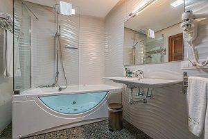 hotel con encanto e hidromasaje privado en Sevilla