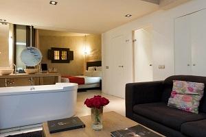 buen hotel con encanto en Sevilla