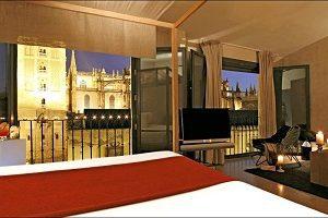 gigante hotel con encanto en Sevilla