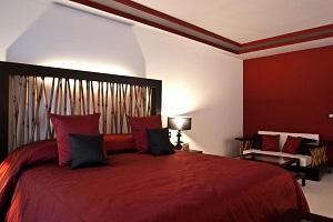 ostentoso hotel con encanto en Sevilla