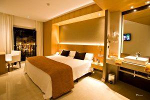 habitación con Jacuzzi privado cádiz