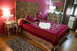 buen hotel con encanto en Sierra Madrid