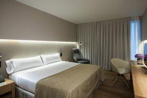 hotel jacuzzi habitacion barcelona