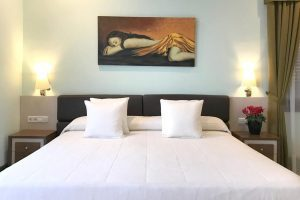 gran hotel playero con encanto en Masnou