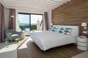Hoteles con jacuzzi en la habitacion huelva