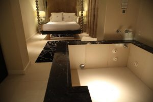 Hotel con jacuzzi en Madrid