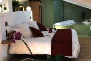 hotel con encanto y jacuzzi en Barcelona