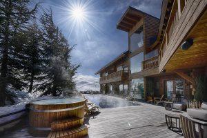 Lujoso Hotel con bañera de hidromasaje y jacuzzi privado en Sierra Nevada