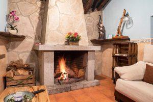 amplia casa rural con encanto e hidromasaje en Ávila