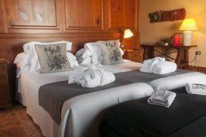 recomendado hotel romántico en Falset