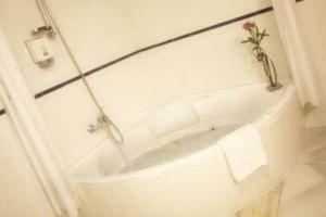 tranquilo hotel para parejas en Baeza
