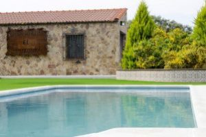 Casa rural con piscina en Badajoz